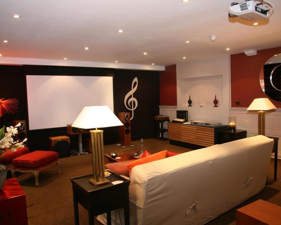 Studio AV interior 2